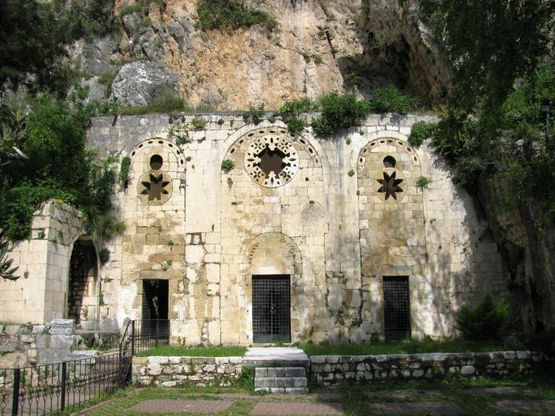St. Pierre Kilisesi | Gezimanya